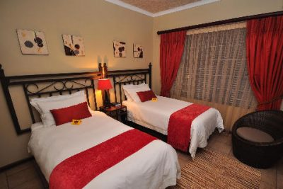 Crystal Sands Guest House Rustenburg Tel: